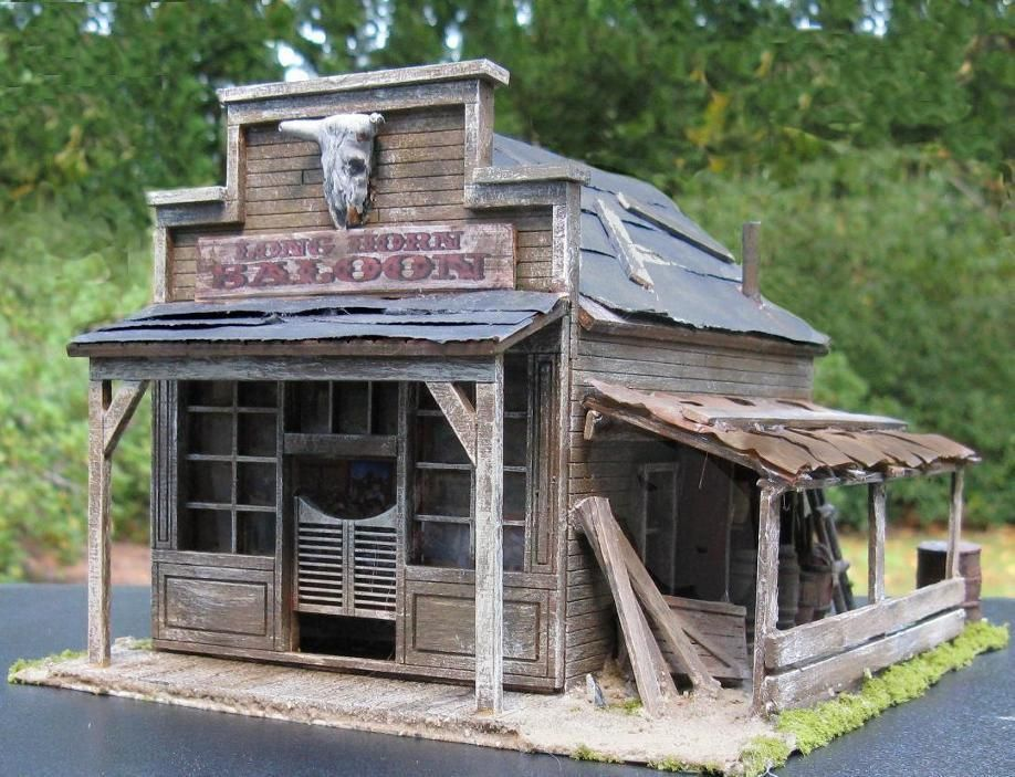 Old west saloon miniature building o scale model train for Miniature architecture