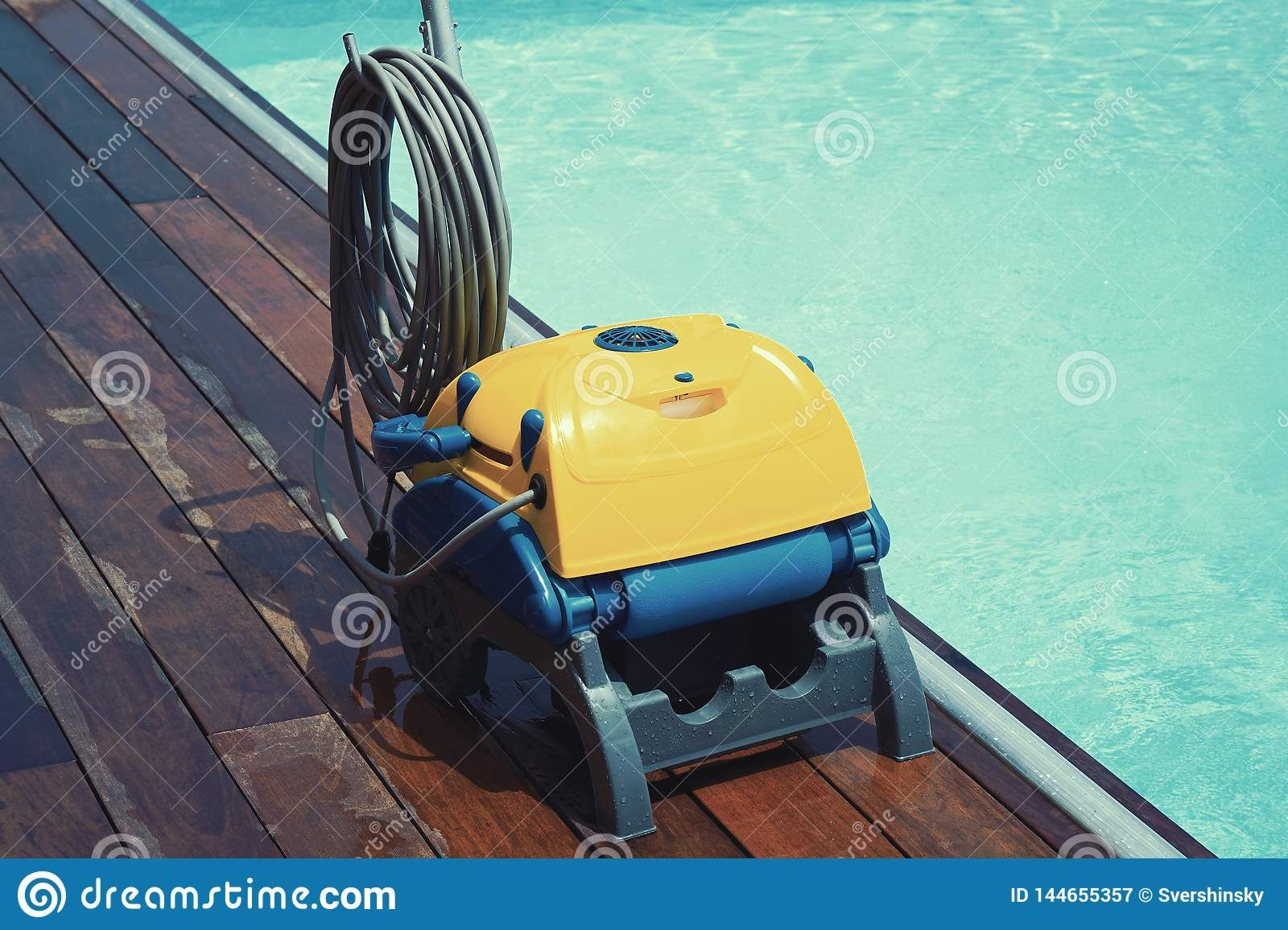 Best Automatic Pool Cleaners In 2020 Automatic Pool Cleaner Best Automatic Pool Cleaner Pool Cleaning