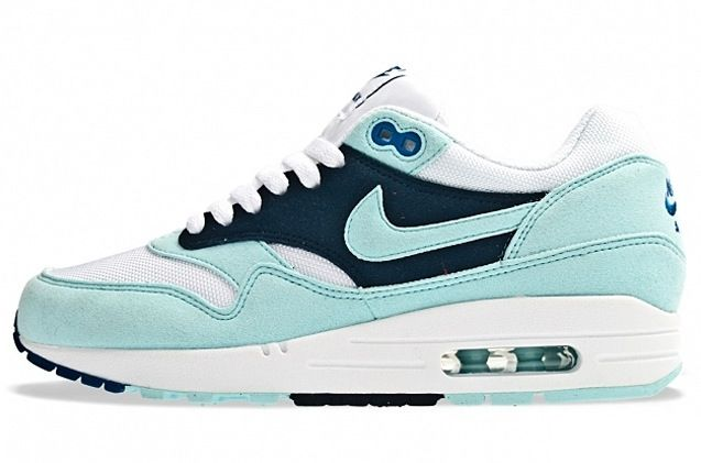 4164486d2c5ff Buy Nike Air Max 1 Womens Green White Black Friday Deals from Reliable Nike  Air Max 1 Womens Green White Black Friday Deals suppliers.