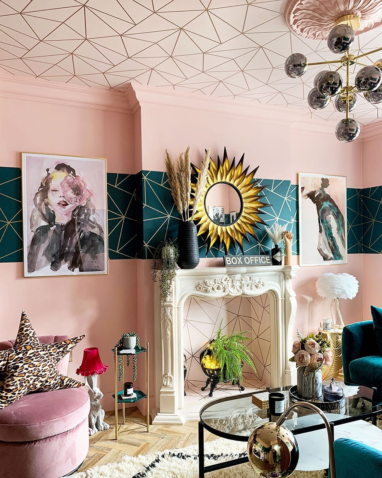 Who Lives In A Gorgeous House Like This Its The Lovely Caradiseblog Whose Fabulously Daring Home In 2020 Teal Living Rooms Glamorous Living Room Eclectic Living Room #pink #and #teal #living #room
