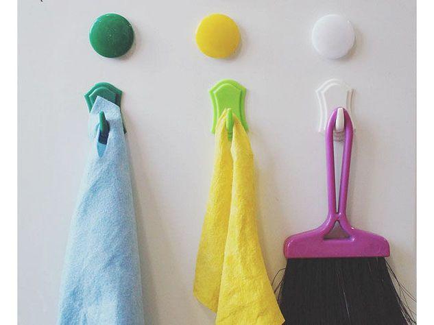 Scopina e panni per pulire