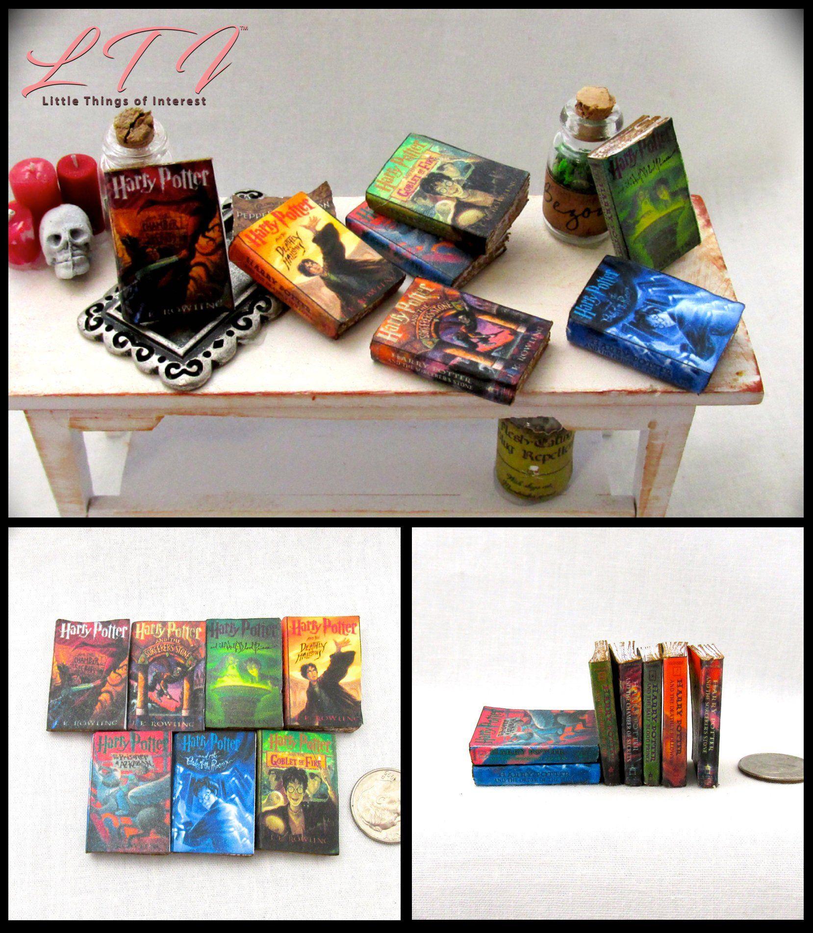 7 HOGWARTS TEXTBOOKS Dollhouse Miniature Prop Wooden Books HARRY POTTER 1:12