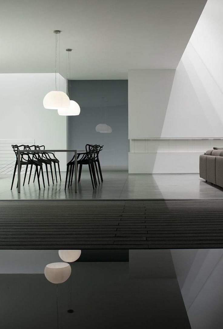 Design Stoelen Philippe Starck.Kartell Masters Chair Philippe Starck In 2019 Zwart In Het