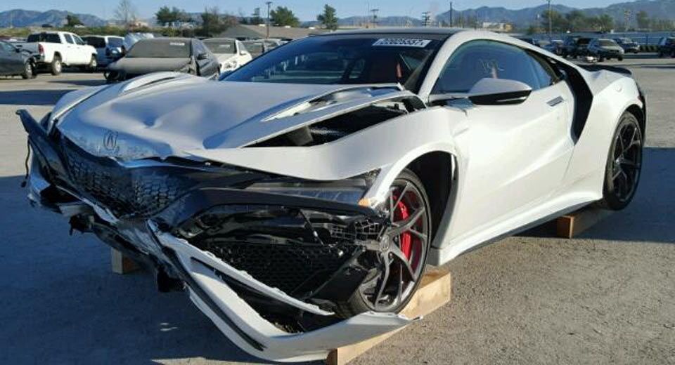 There S A Wrecked 2017 Acura Nsx For Sale At Salvage Yard 2017 Acura Nsx Acura Nsx Nsx