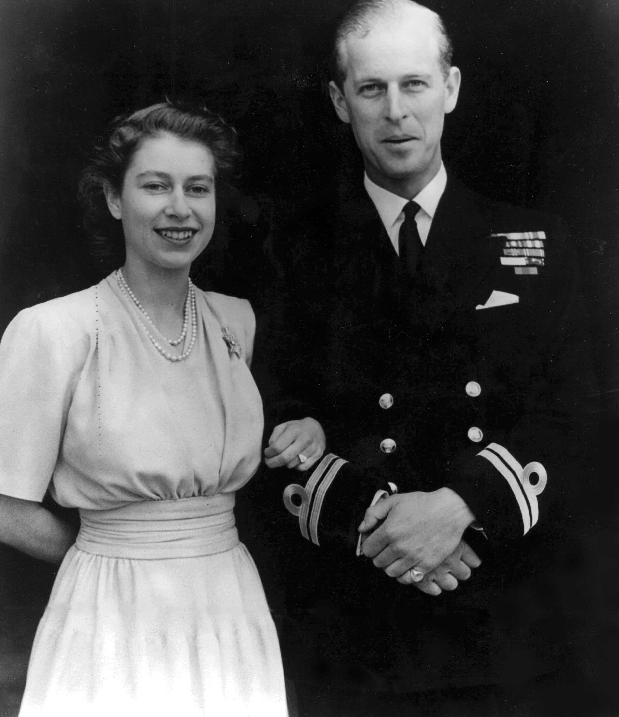 Prinz Philip Rührendes Geschenk Seiner Mutter Prinz Philip Die Braut Des Prinzen Britische Monarchie