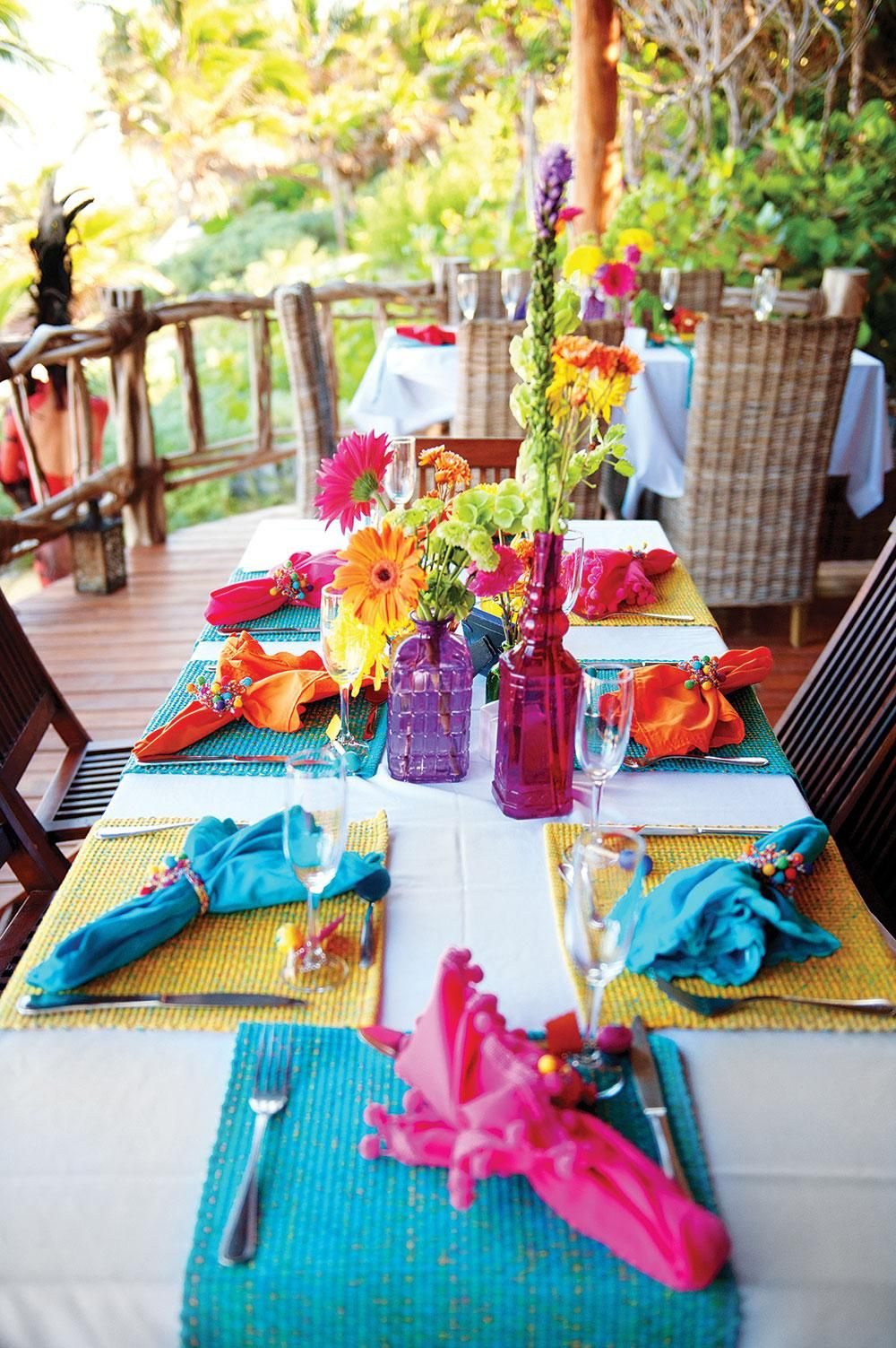 Beautiful Diy Centerpieces To Add Color Your Reception Love This For A Mexico Wedding