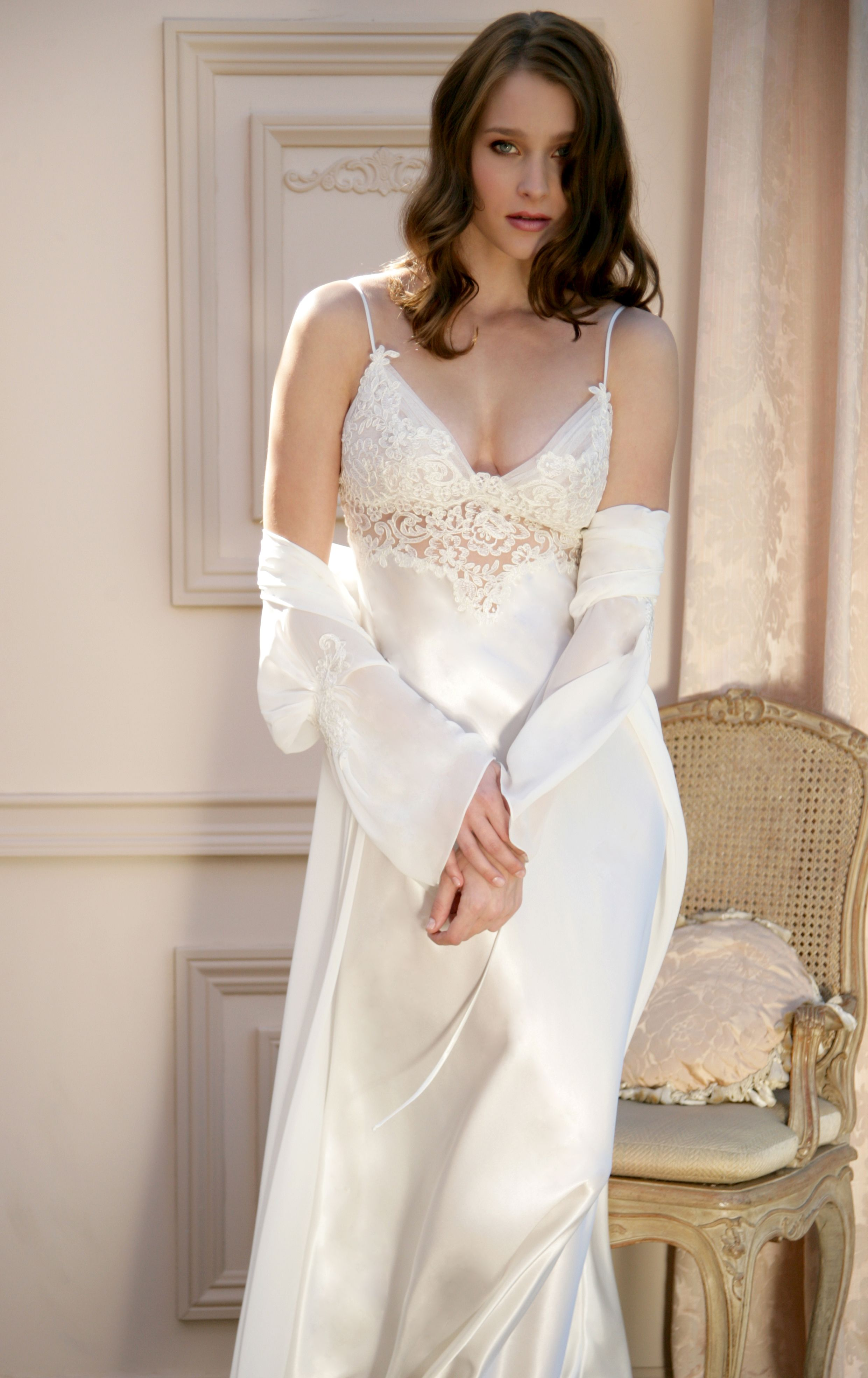 Nightgown and robe robes night gowns pinterest for Night dress for wedding night