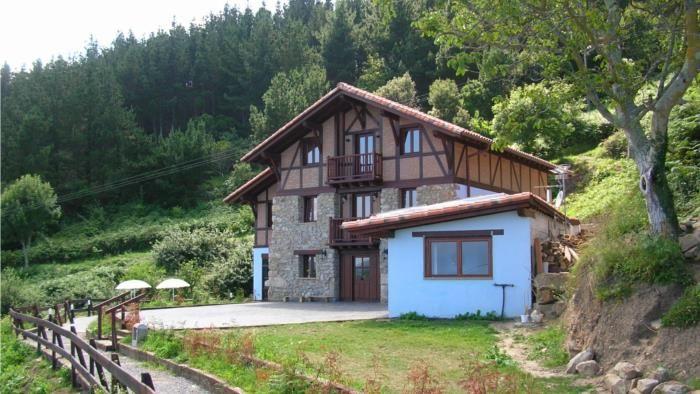 Fachada casa rural ogo o mendi en bizkaia asteburuak casas rurales casas y fachadas - Casas rurales pais vasco frances ...
