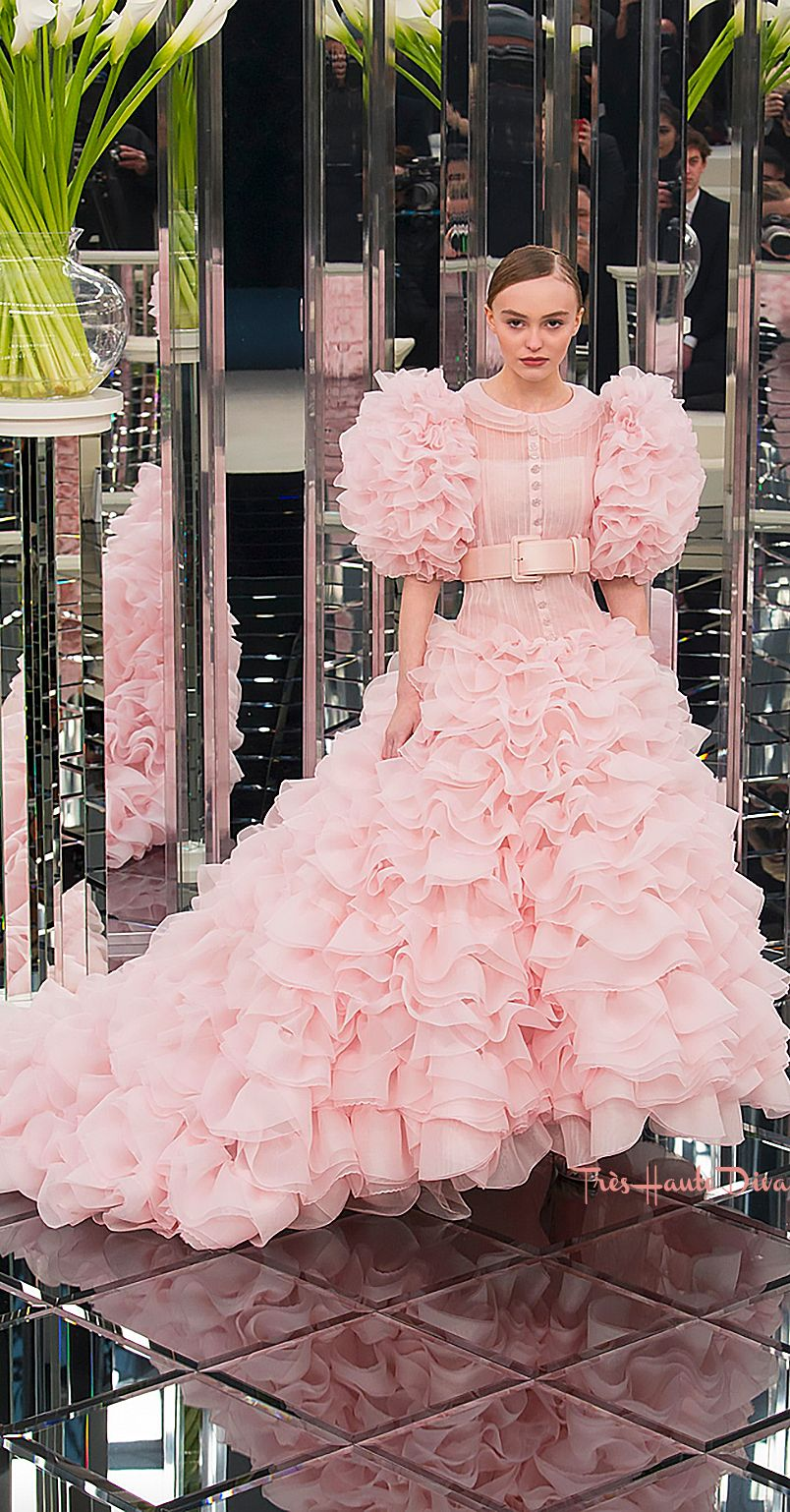 Chanel Spring 2017 Couture - Tres Haute Diva | Chanel | Pinterest ...