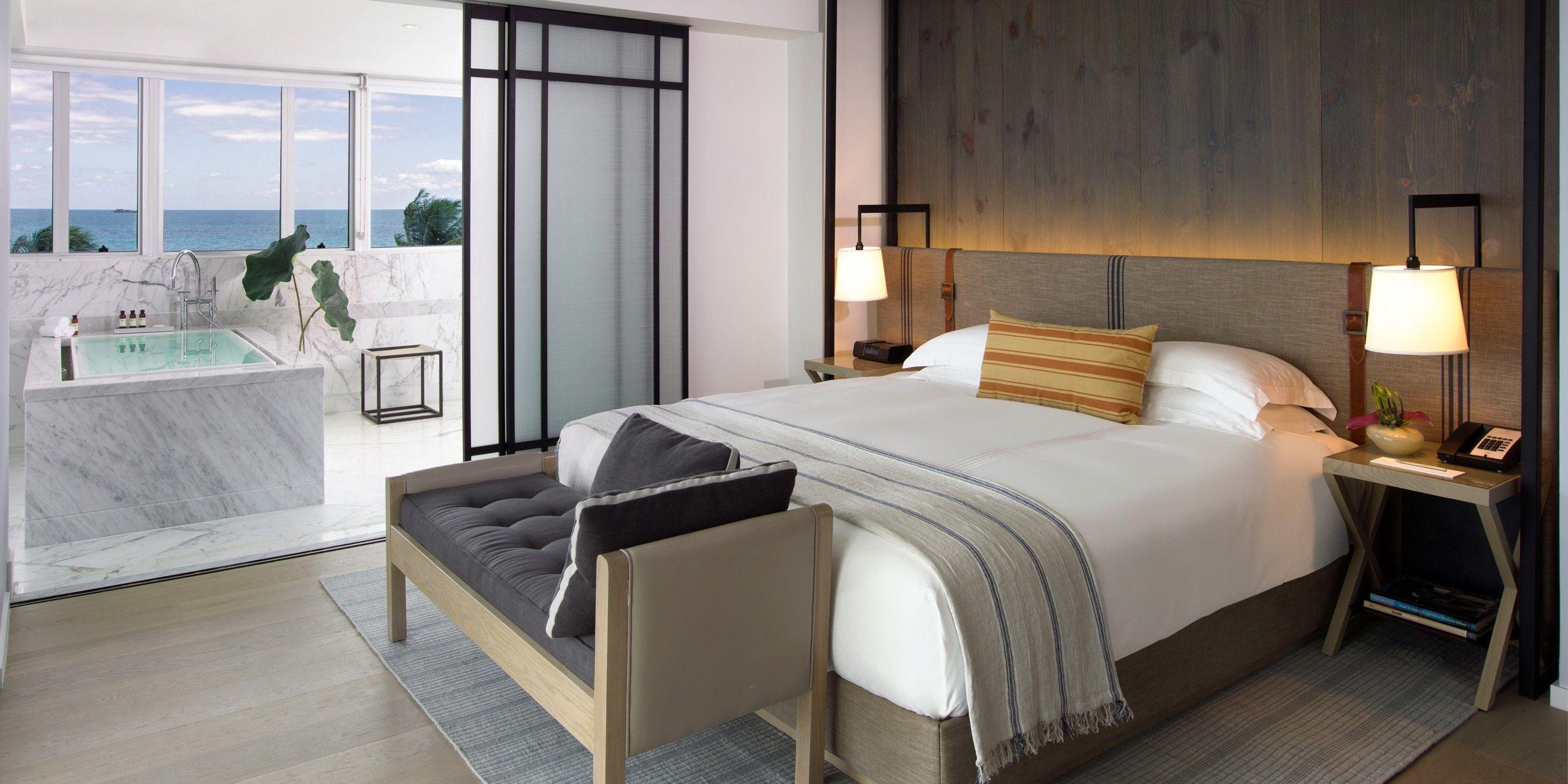 Master bedroom jacuzzi designs  Cool Bed  Jacuzzi Boutique Style  Stylish Homes  Casas con Estilo