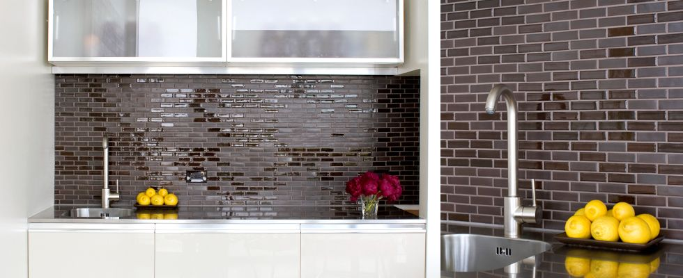 Flemmish Bond Patterned Heath Ceramics Tapestry Collection Tiles On Walls By Sink Steamy Surfaces