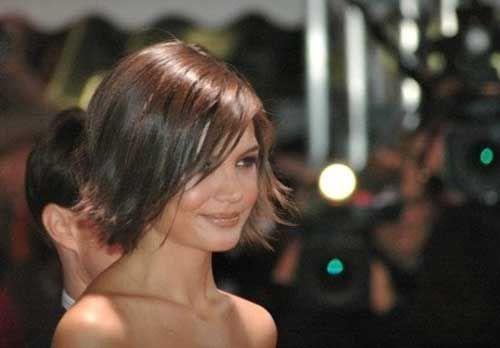 Katie Holmes Bob With Side Bangs Jpg 500 348 Pixels Haarschnitt Haarschnitt Bob Promi Kurze Haare