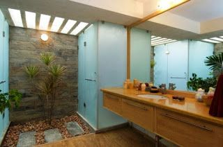 Marvelous Badezimmer Ohne Fliesen Naturstein Palmen Kies Zen Ambiente