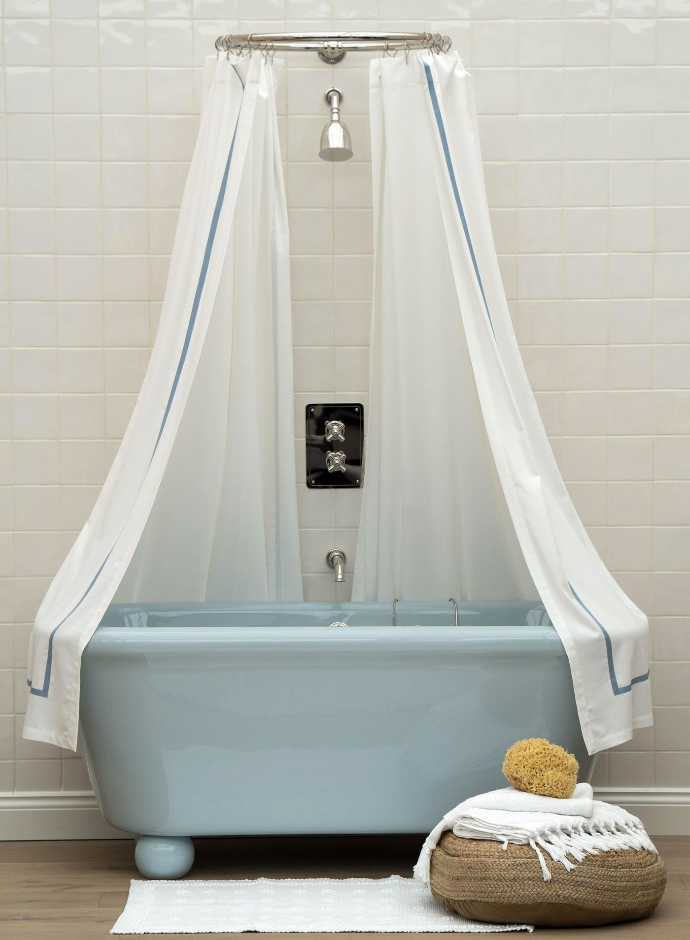 The Most Extraordinary Bathtubs in the World | Vintage tub, Tubs and ...