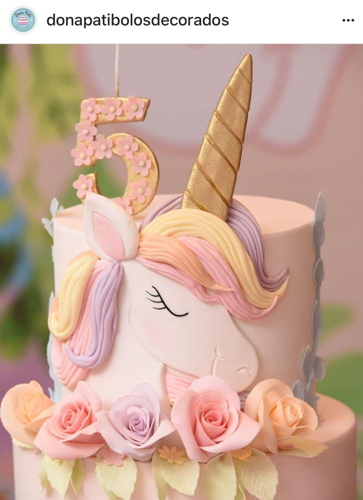 enhörning dekoration tårta