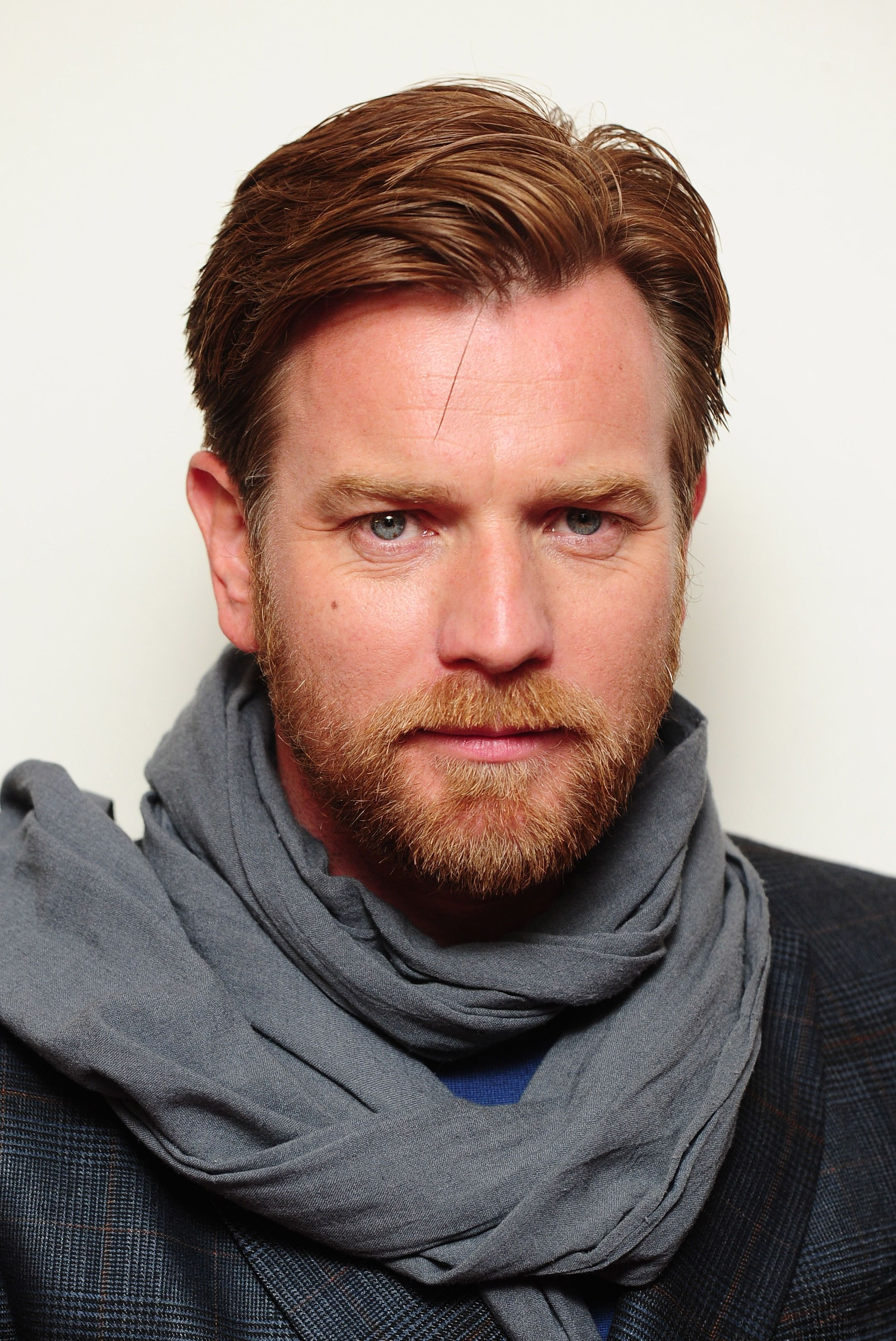 Sir Ewan Mcgregor 40ish Tortured Artist And Writer With The Worst Creative Block Imaginable Ewan Mcgregor Scottish Actors Ginger Men