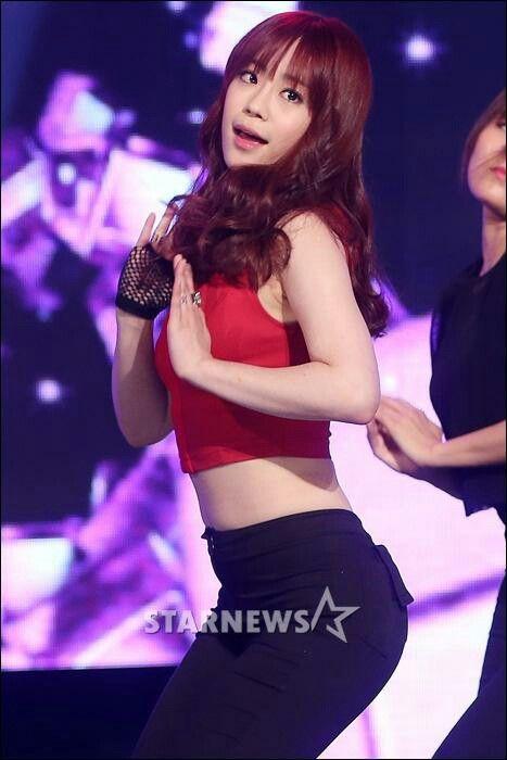KARA ~ 카라 ~ カラ ☆ Heo Youngji ☆ 허영지 ☆ Kamilia