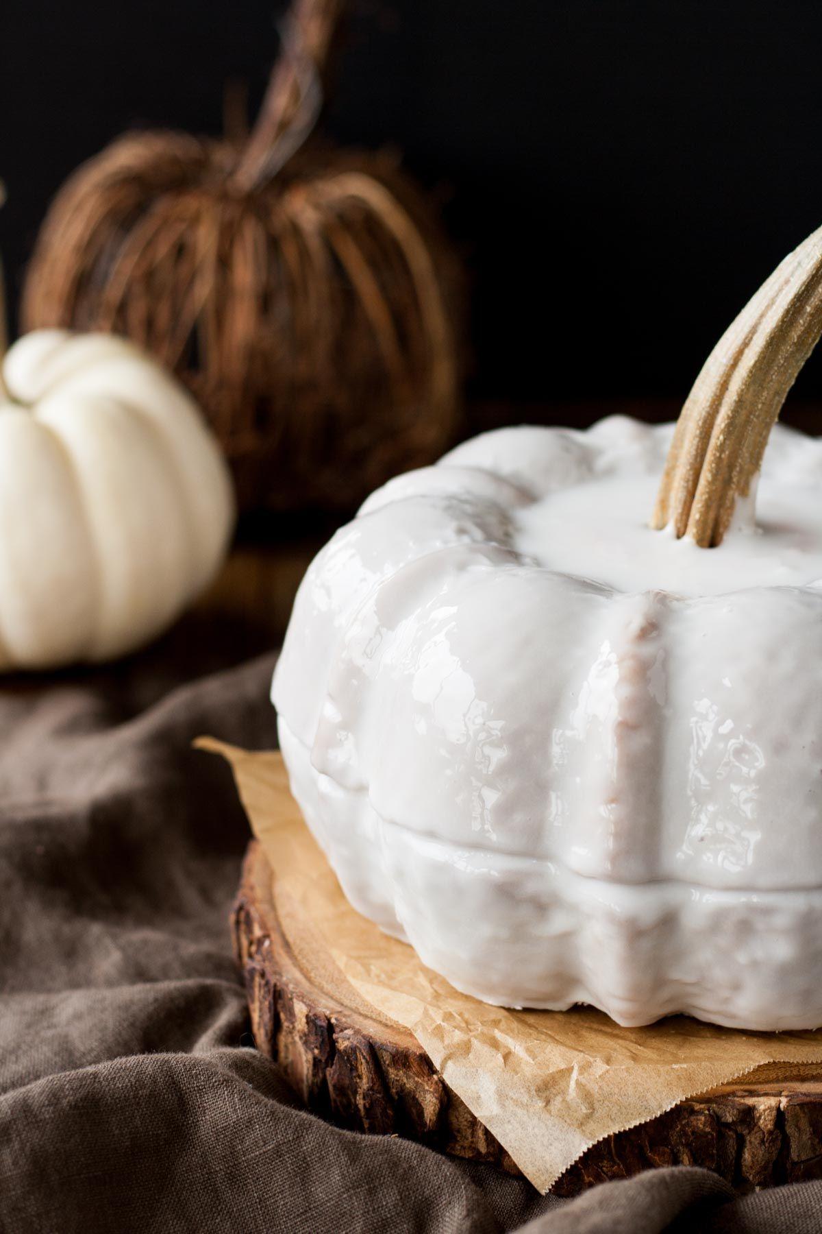 Pumpkin Spice Latte Bundt Cake. Your favourite Fall