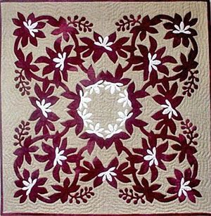 Hawaiian quilt. I really like the white flowers on this. | Quilts ... : hawaiian quilt - Adamdwight.com