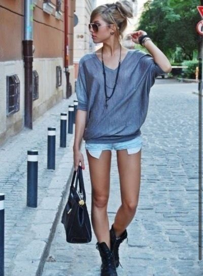 Soft Grunge Summer Outfits: Combat Boots And Shorts! #fall #style