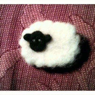Hand made dry felted sheep brooch  £3 ( can be made in any colour and can swap brooch back for magnet !)