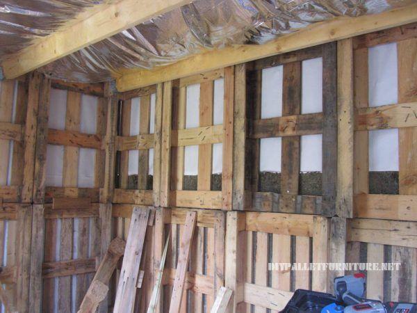bungalow struktur mit paletten 2 dachboden pinterest. Black Bedroom Furniture Sets. Home Design Ideas
