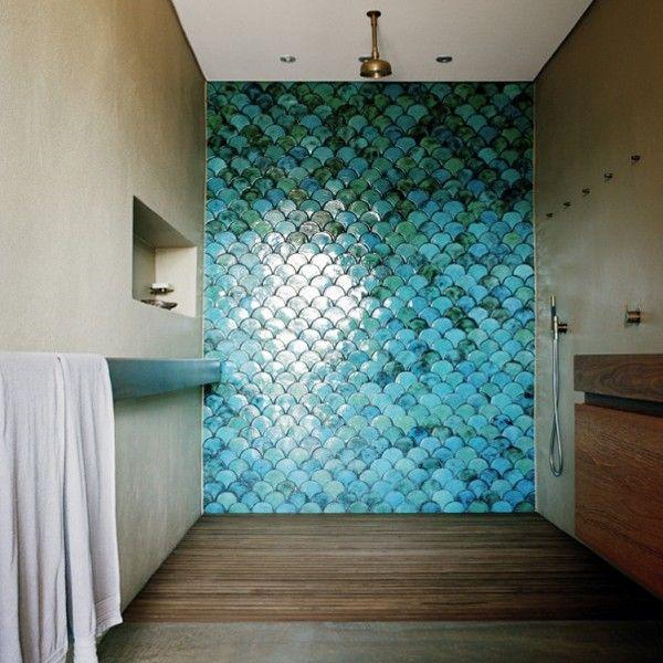 Ducha Con Pared Azulejos Esmalte Forma Escama Pared