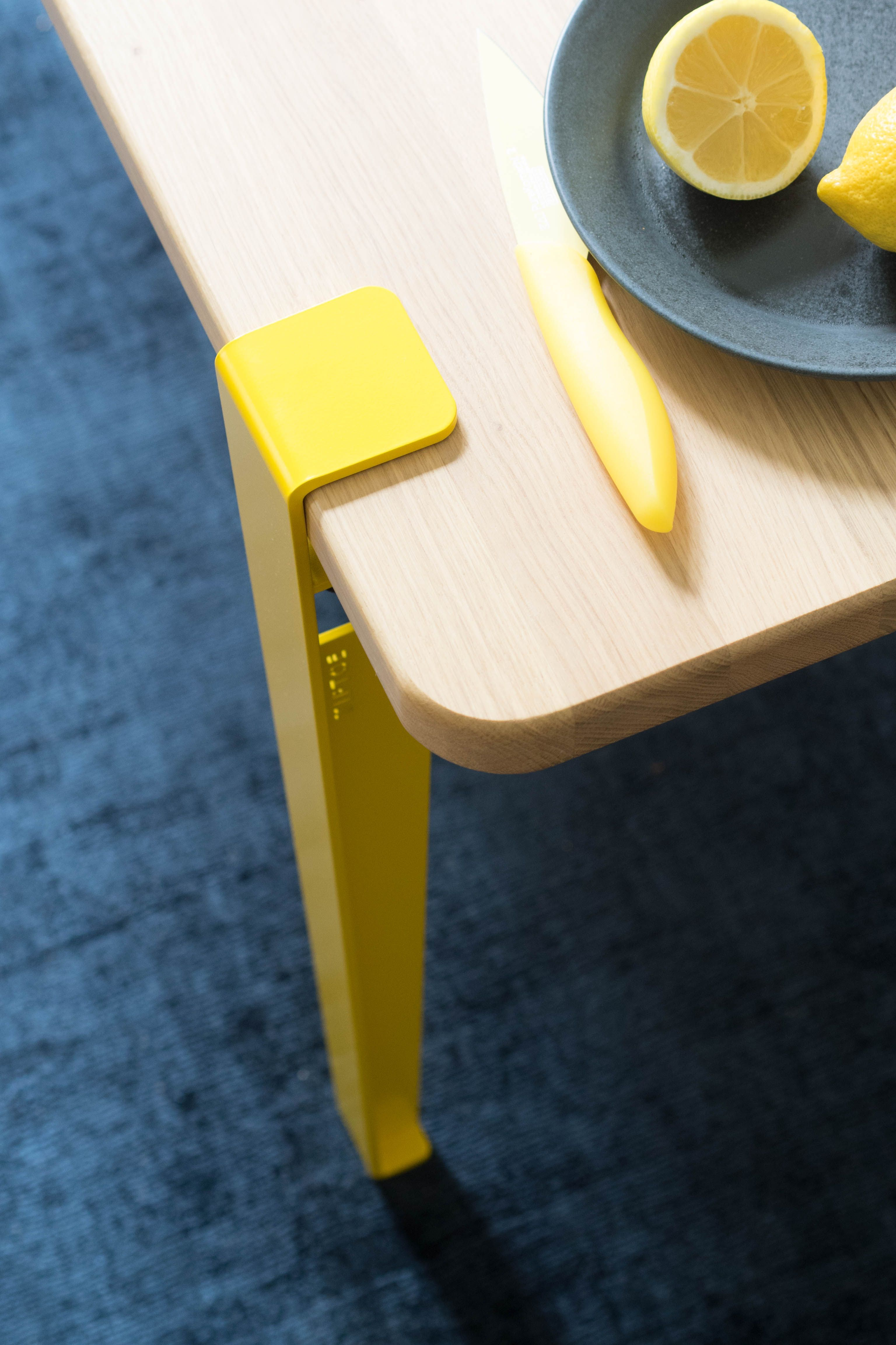 Table mi-haute - Edition Limitée TIPTOE x Marie Claire Maison   Tables