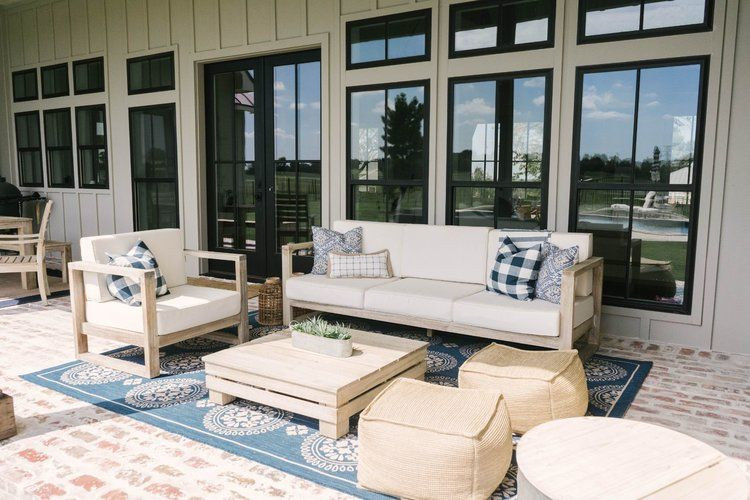 Modern Farmhouse Tour With Texas Forever Farmhouse In 2020 Farmhouse Outdoor Furniture Farmhouse Living Modern Style House Plans