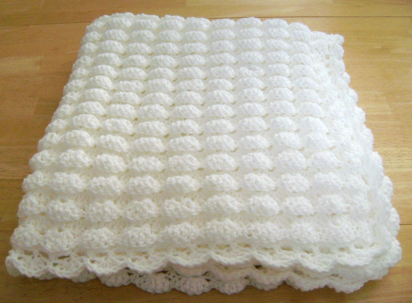CROCHET WHITE BABY BLANKET SHELL PATTERN HANDMADE GIRL BOY GREAT ...