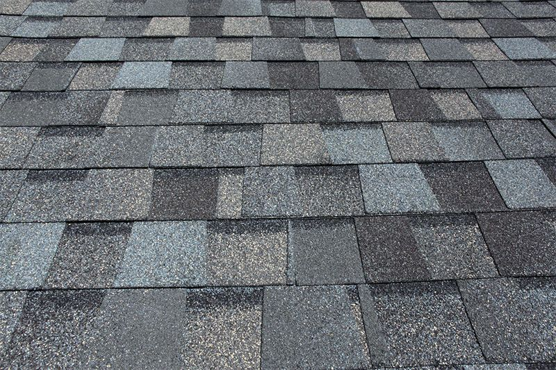 For Homeowners Looking To Do A Re Roofing Job On A Budget While Maintaining A Fairly Attractive Look A Roof Shingles Asphalt Roof Shingles Roof Shingle Colors