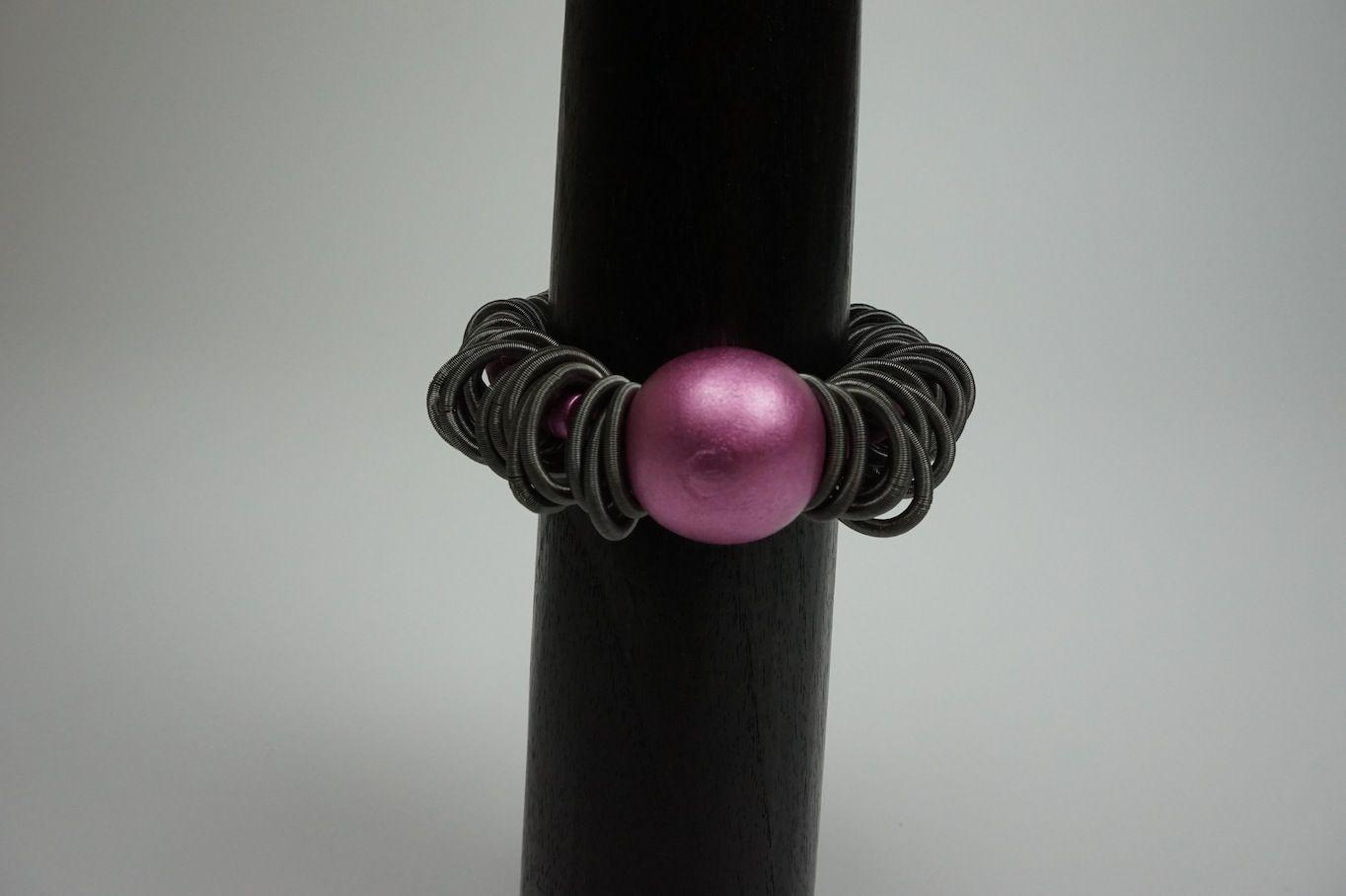 Lousje & Bean's new unique Canadian Made Jewelry line....Ruby.... Available here: http://www.lousjeandbean.ca/bracelets/ #canadianmade #funckybracelets #uniquejewerly #lousjeandbean #boutique #stretchybracelet #prettyinpink #woodenbeads