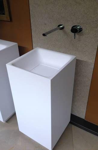 die besten 25 wandarmatur ideen auf pinterest wandarmatur bad wandarmatur k che und g ste wc. Black Bedroom Furniture Sets. Home Design Ideas