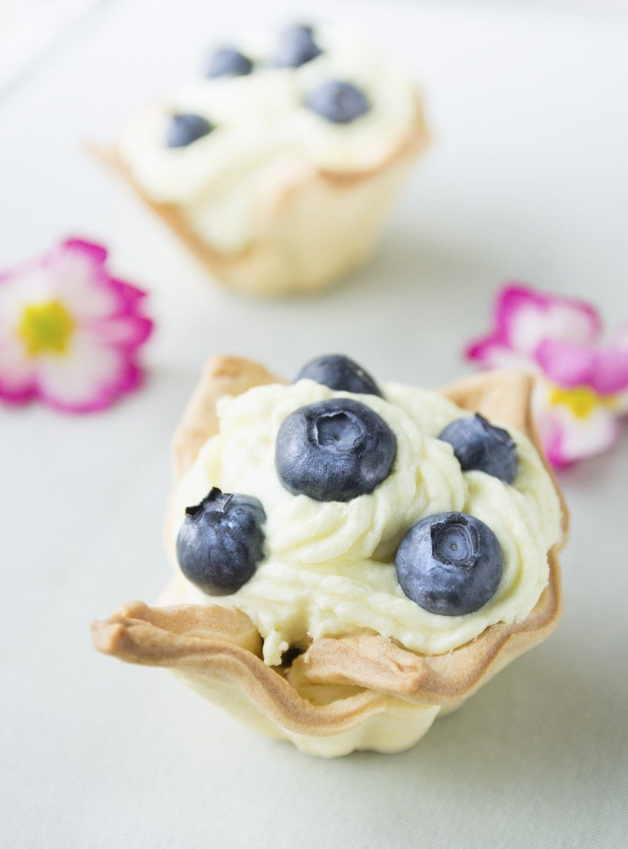 A Baby Boy Baby Shower Must-Have - Baby blue cupcakes//
