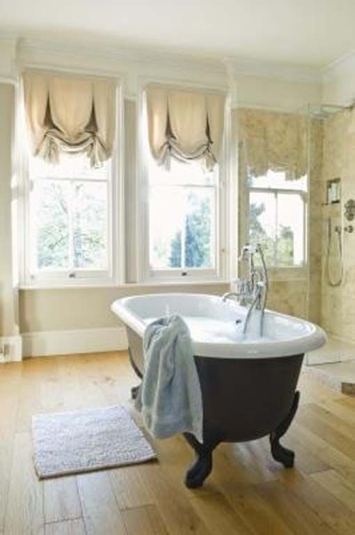 Short Bathroom Window Curtains What Type Of Fabric Is Suitable For
