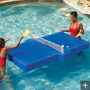 floating ping pong table for the pool so ein quatsch. Black Bedroom Furniture Sets. Home Design Ideas