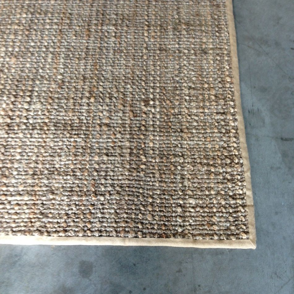 Knotted Natural And Silver Jute With