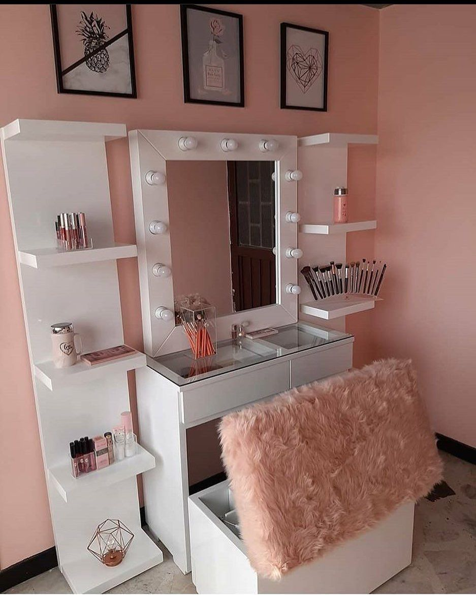 1 593 Curtidas 18 Comentarios ديكور وافكـار غرف نوم Room Ksa No Instagram اكتب شيء Luxury Bedroom Master Home Office Chairs Living Room Side Table
