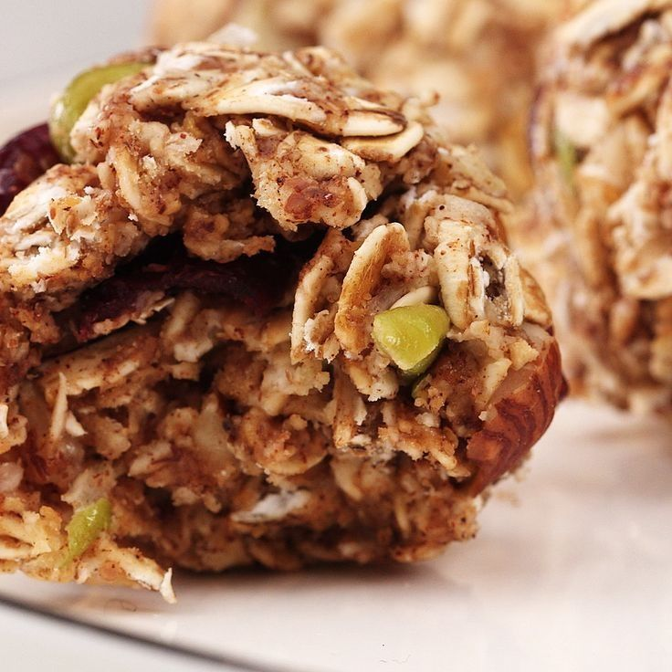 These Sweet No-Bake Apple Energy Bites Are Loaded With Protein