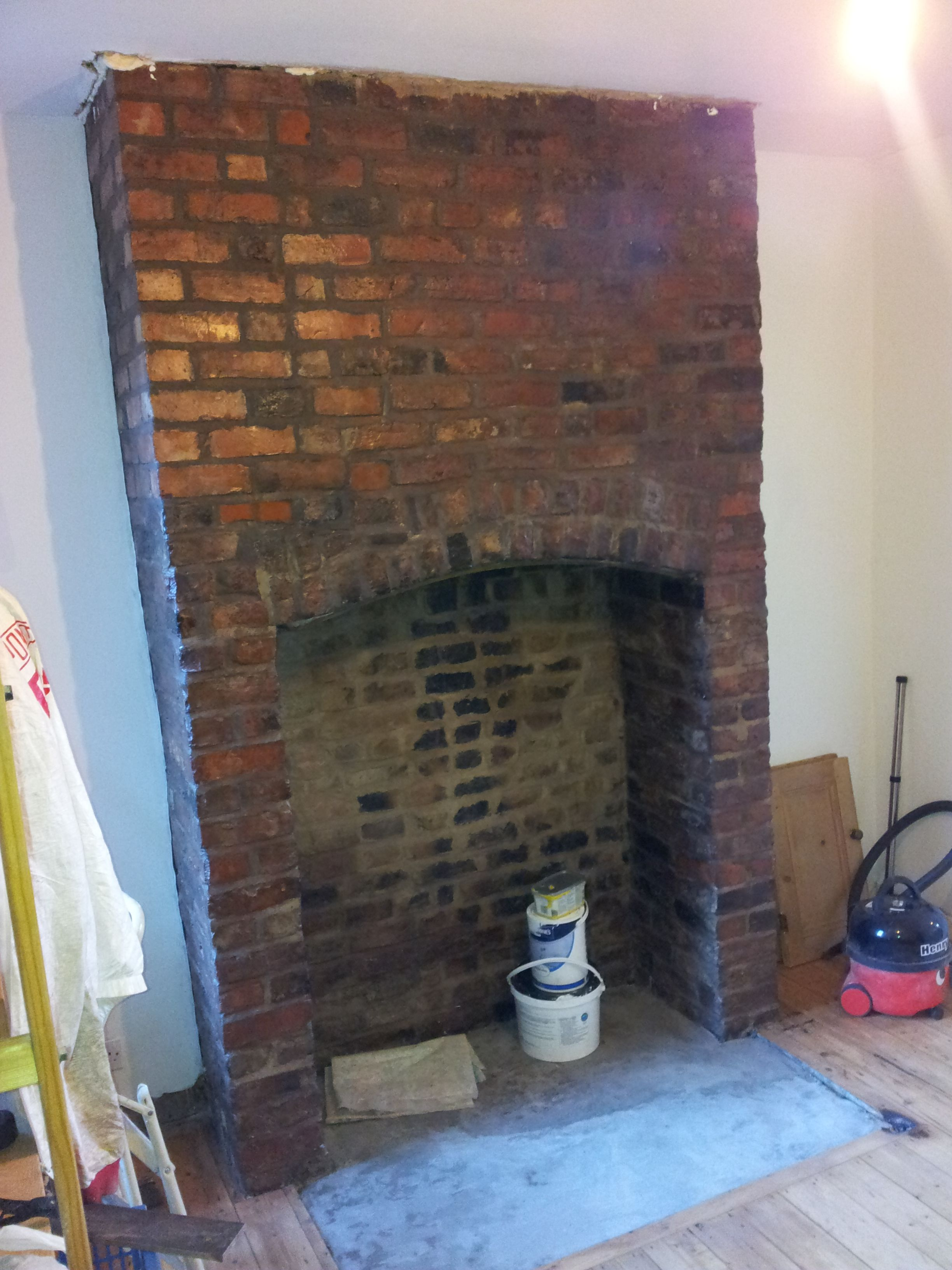 Pin By Ann Gledson On How To Expose A Brick Chimney Breast
