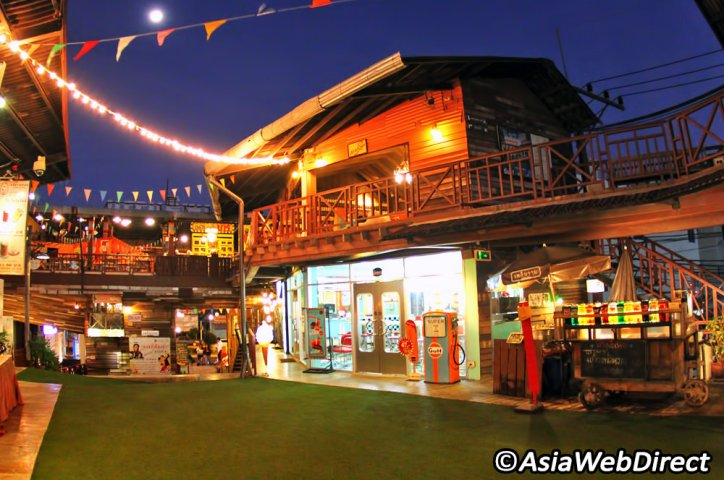 Not Just A Themed Open Air Mall Plearn Wan Feels More Like A Living Museum Where You Can Experience A Slice Of Life In Hua Hin Outdoor Cinema Thailand Tourism