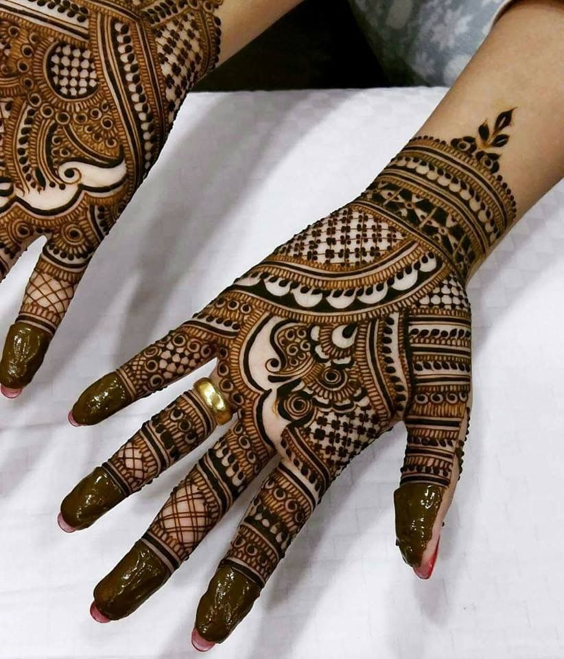 Front Hand Modern Bridal Mehndi Simple Mehndi Designs