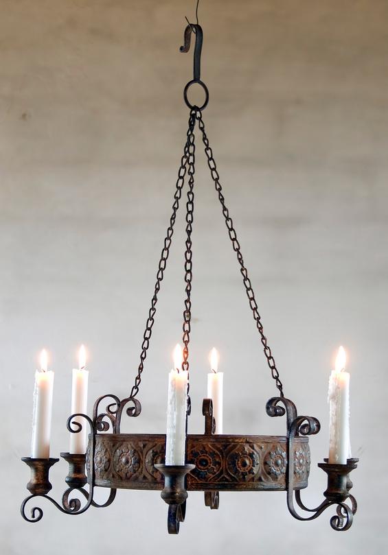 Ruskea kynttiläkruunu