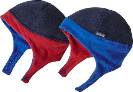 2d98f2aa14a Patagonia Boy s Baby Reversible Synchilla Fleece Hat - Infants  Navy Blue  12 Months