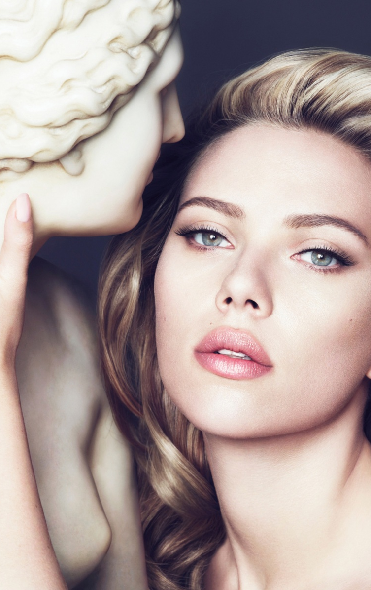 Celebrities with nose piercing  Scarlett Johansson  Proteína  Pinterest  Scarlett johansson Hot