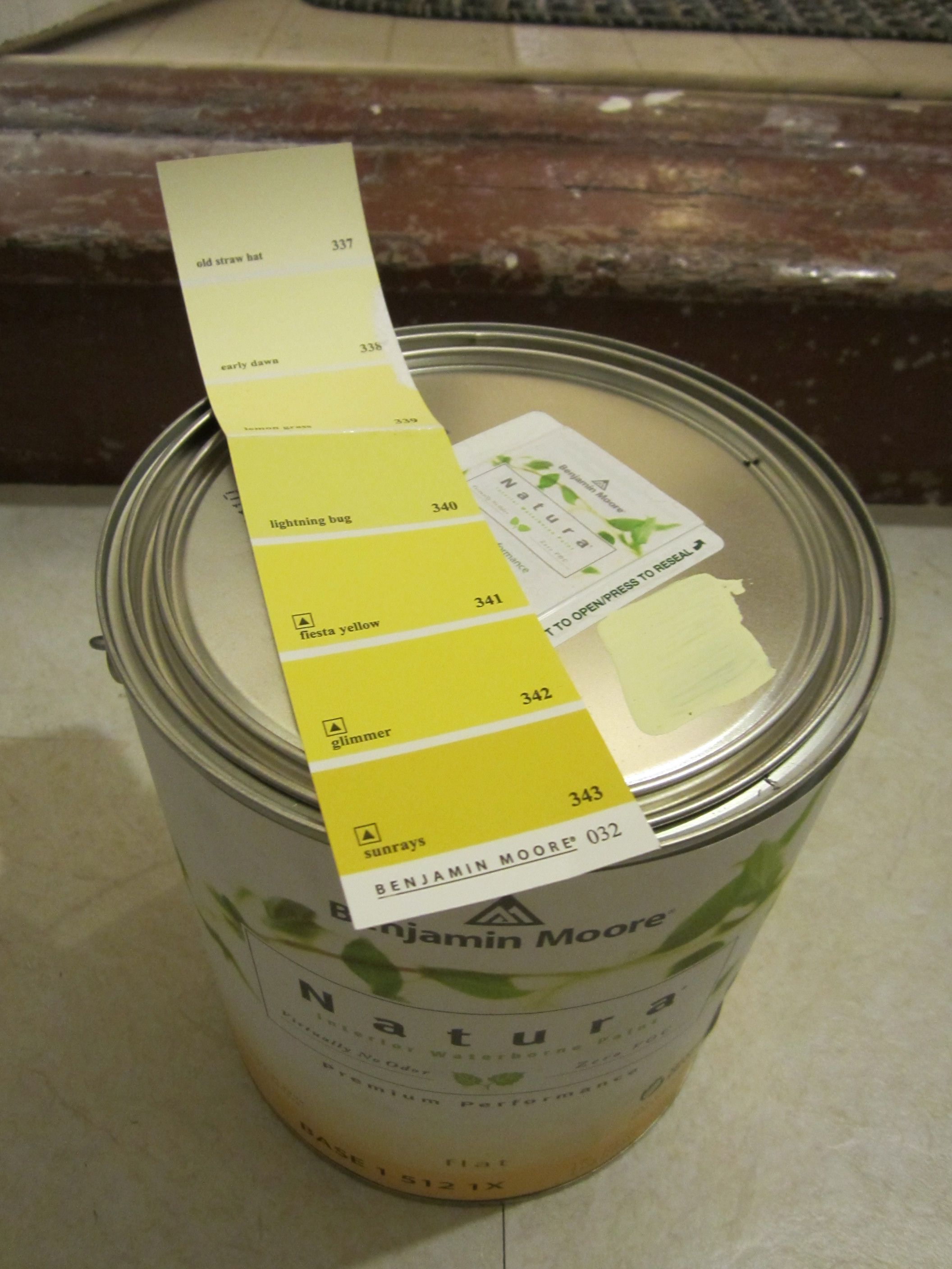 Benjamin Moore\'s Early Dawn is the winning paint color... soft, pale ...