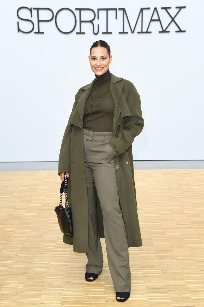 Il cappotto militare di Beatrice Valli è l'unico cappotto che sogniamo di indossare questo autunno