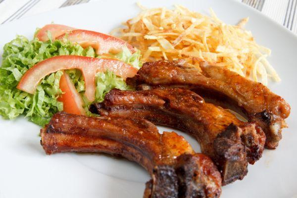 Marinované bravčové rebierka - Recept pre každého kuchára, množstvo receptov pre pečenie a varenie. Recepty pre chutný život. Slovenské jedlá a medzinárodná kuchyňa