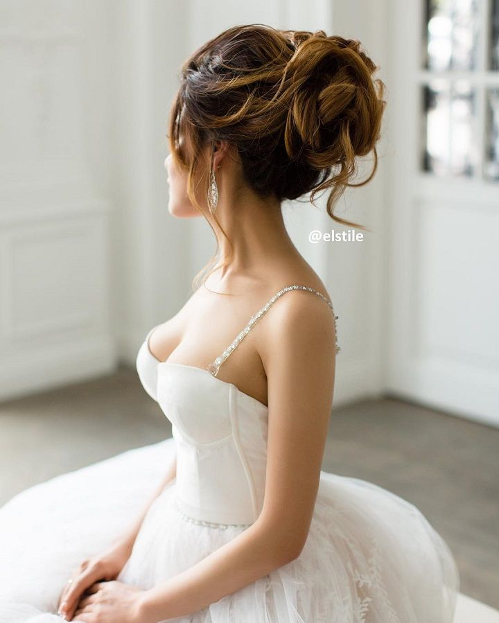 Wedding Hairstyle for medium long hair | fabmood.com #weddinghairstyle #bridalhairstyle #weddinghair #bridalupdos #messyupdo