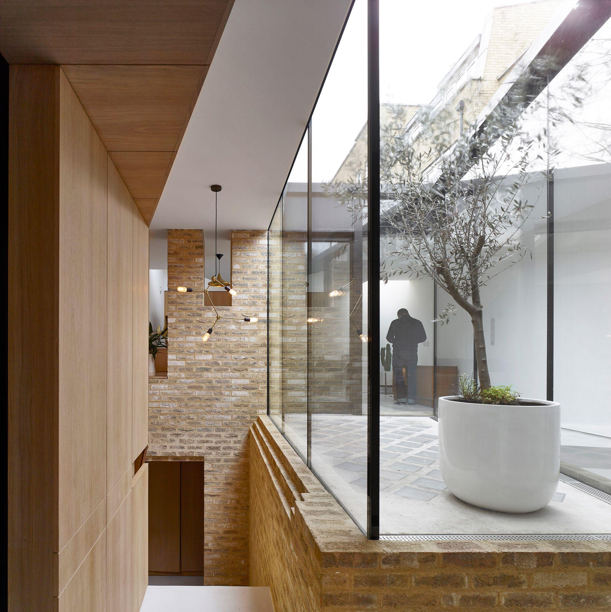 Hayhurst Uses Glazed Atrium To Illuminate Interior Of